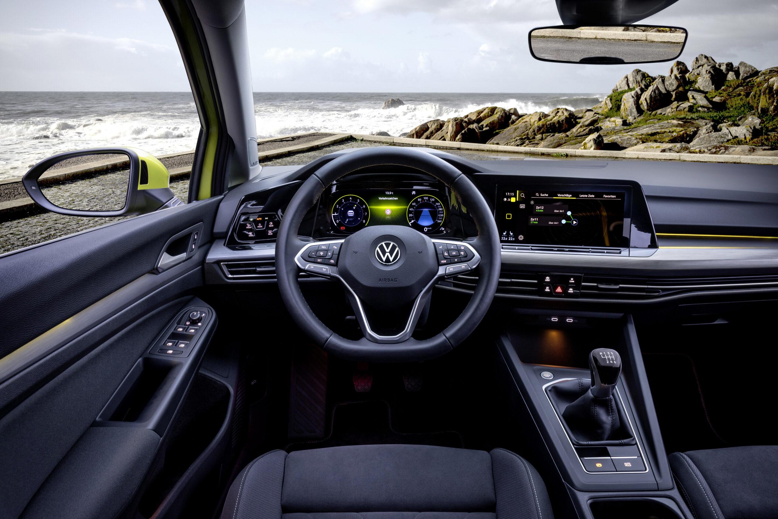 Volkswagen Golf 8 interjers
